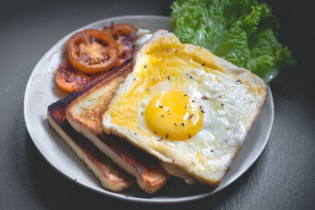 فطور صحي يشتمل على جميع العناصر الغذائية