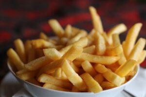 هل البطاطا المقلية تزيد الوزن